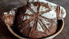 A Sicilian Heritage Wheat Bread For A German Knight